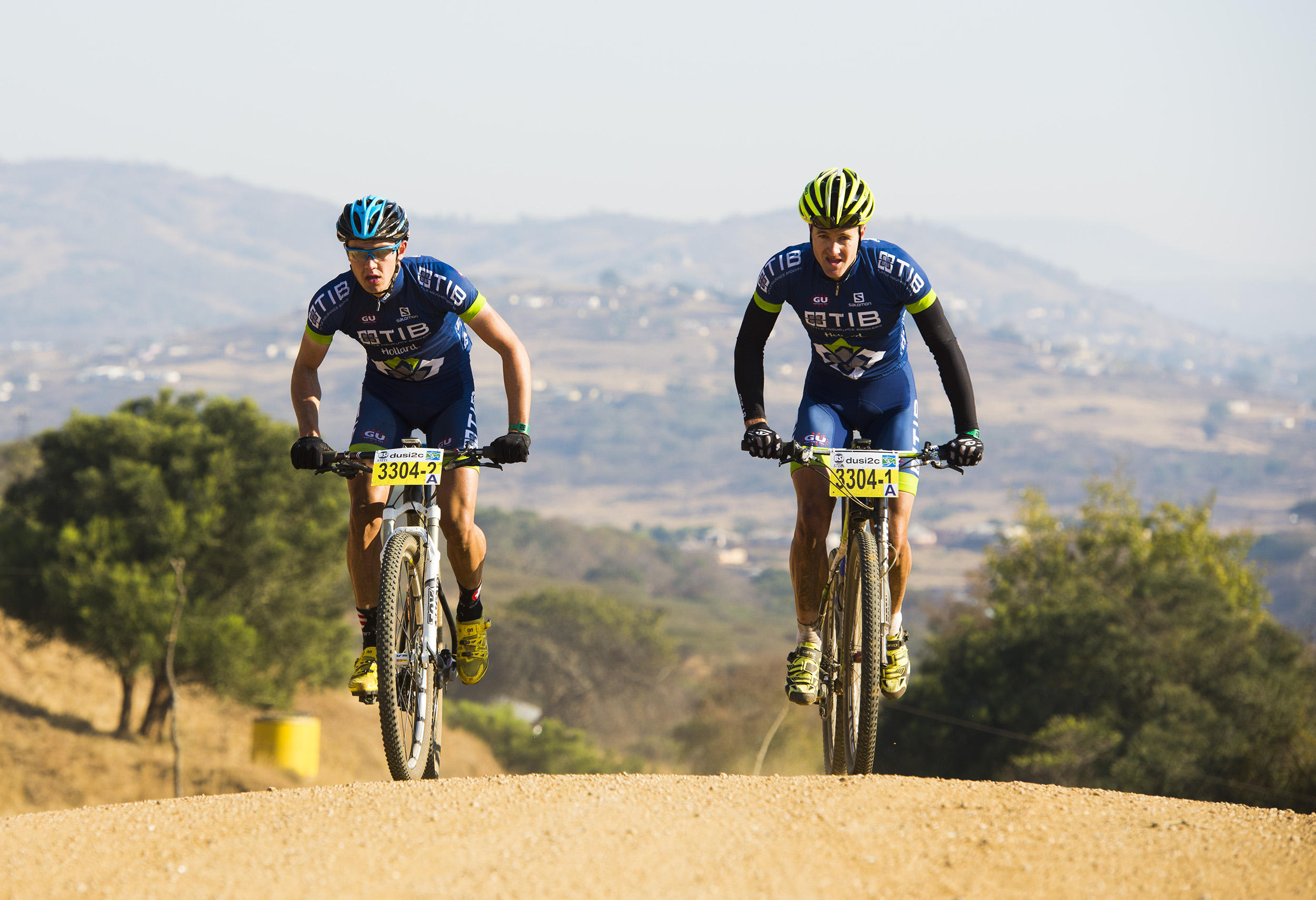 Hill, Louw tame the hills to lead dusi2c