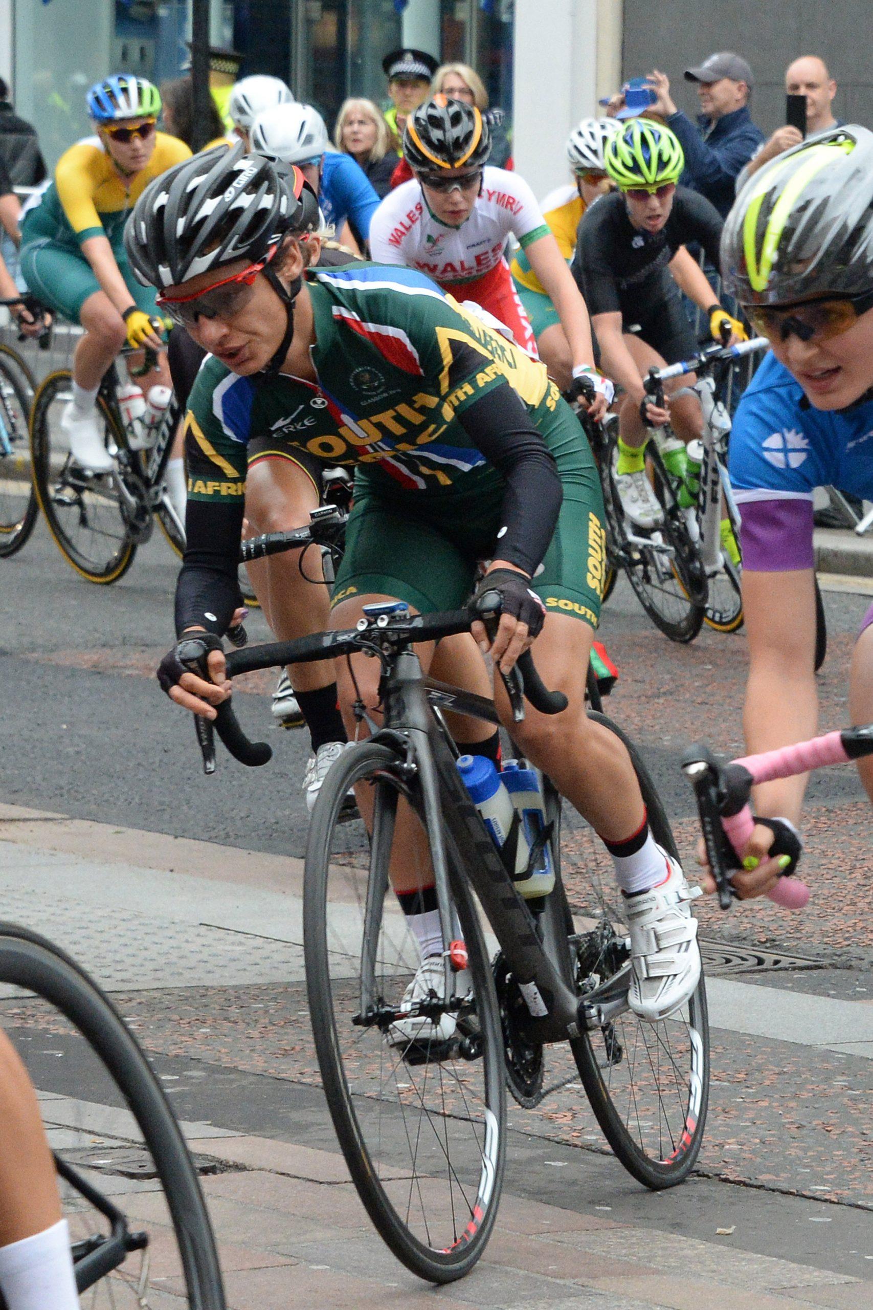 'I threw my bike at the line' says Moolman of bronze