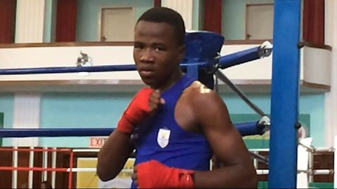 Boxing's Mofu looks on the brighter side