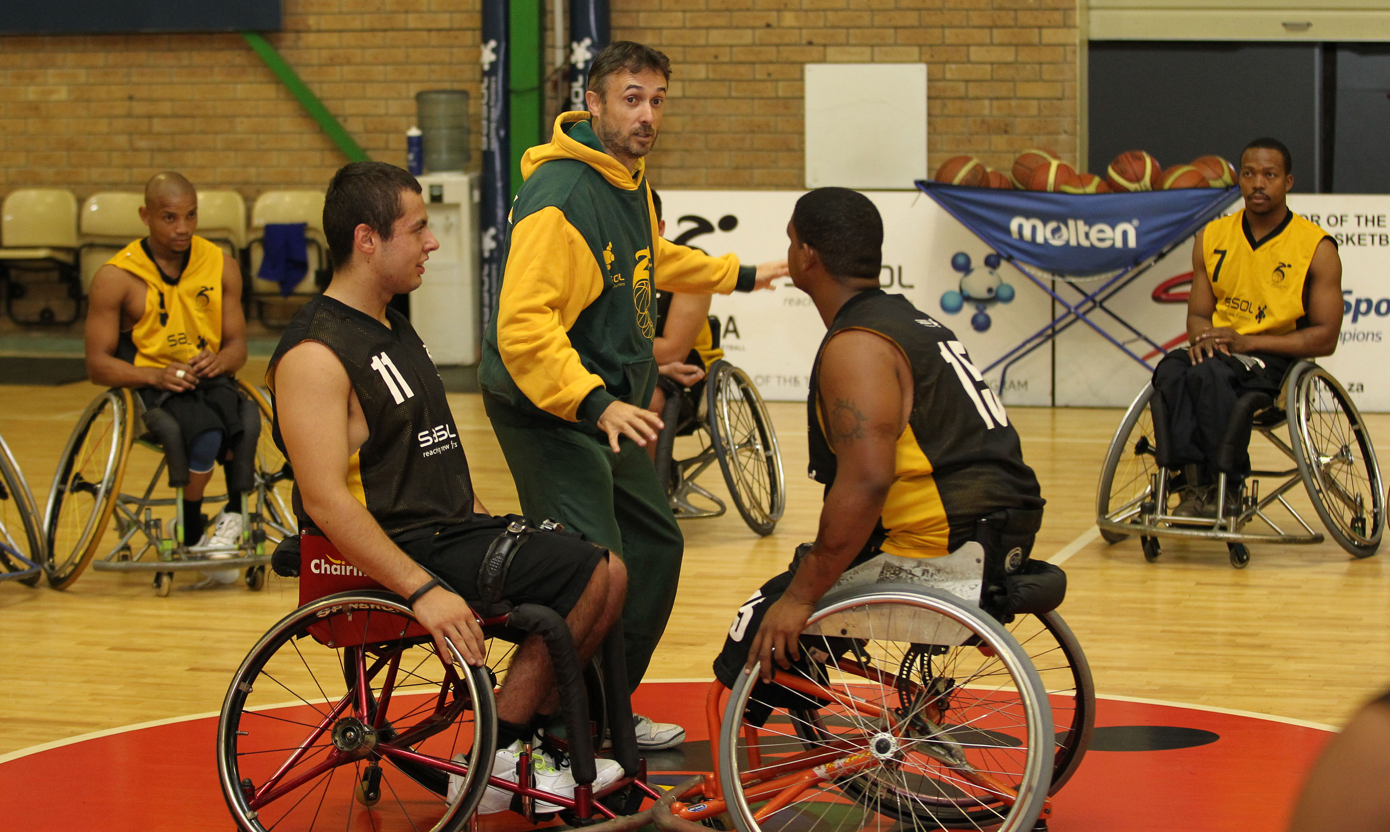 Coach Belen adds six to national wheelchair basketball squad