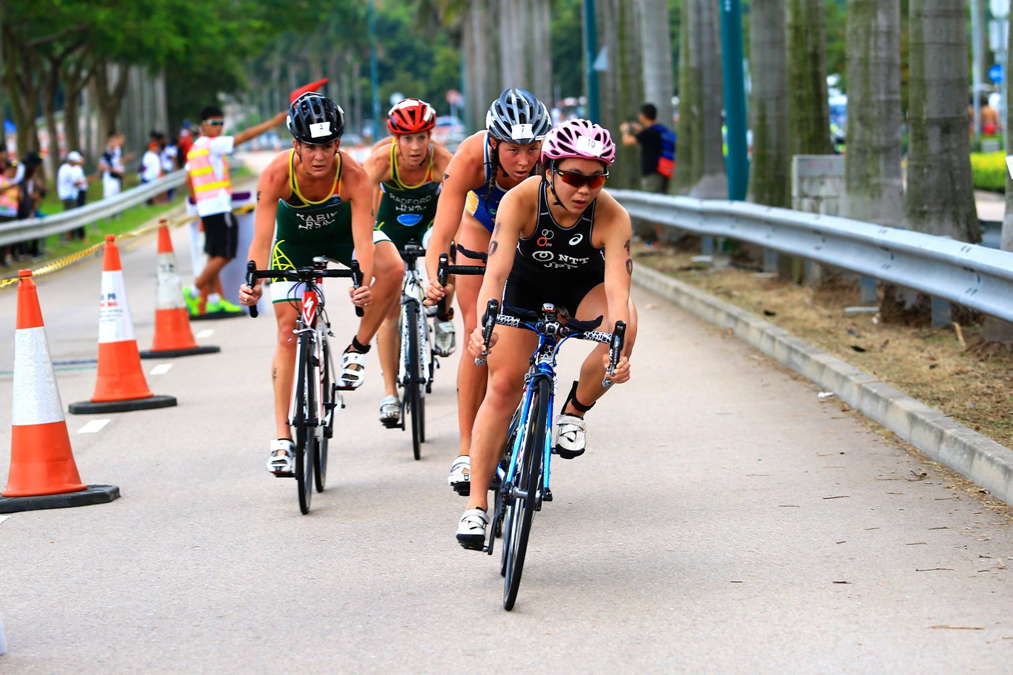 SA aces race to first and third in Far East