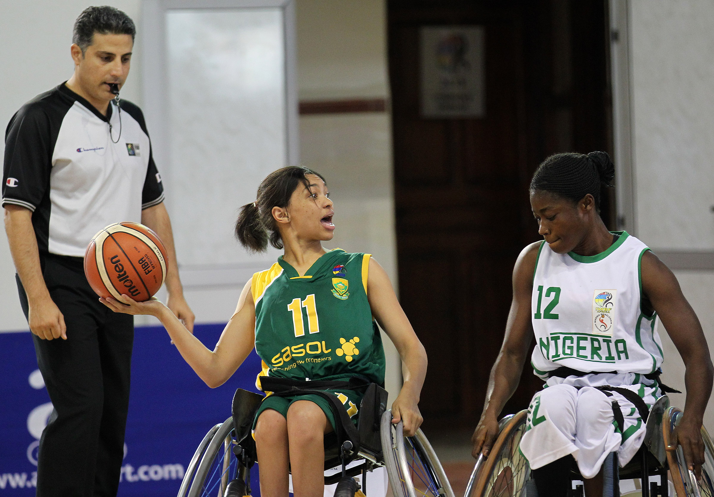 SA women go down to Nigeria in Algeria