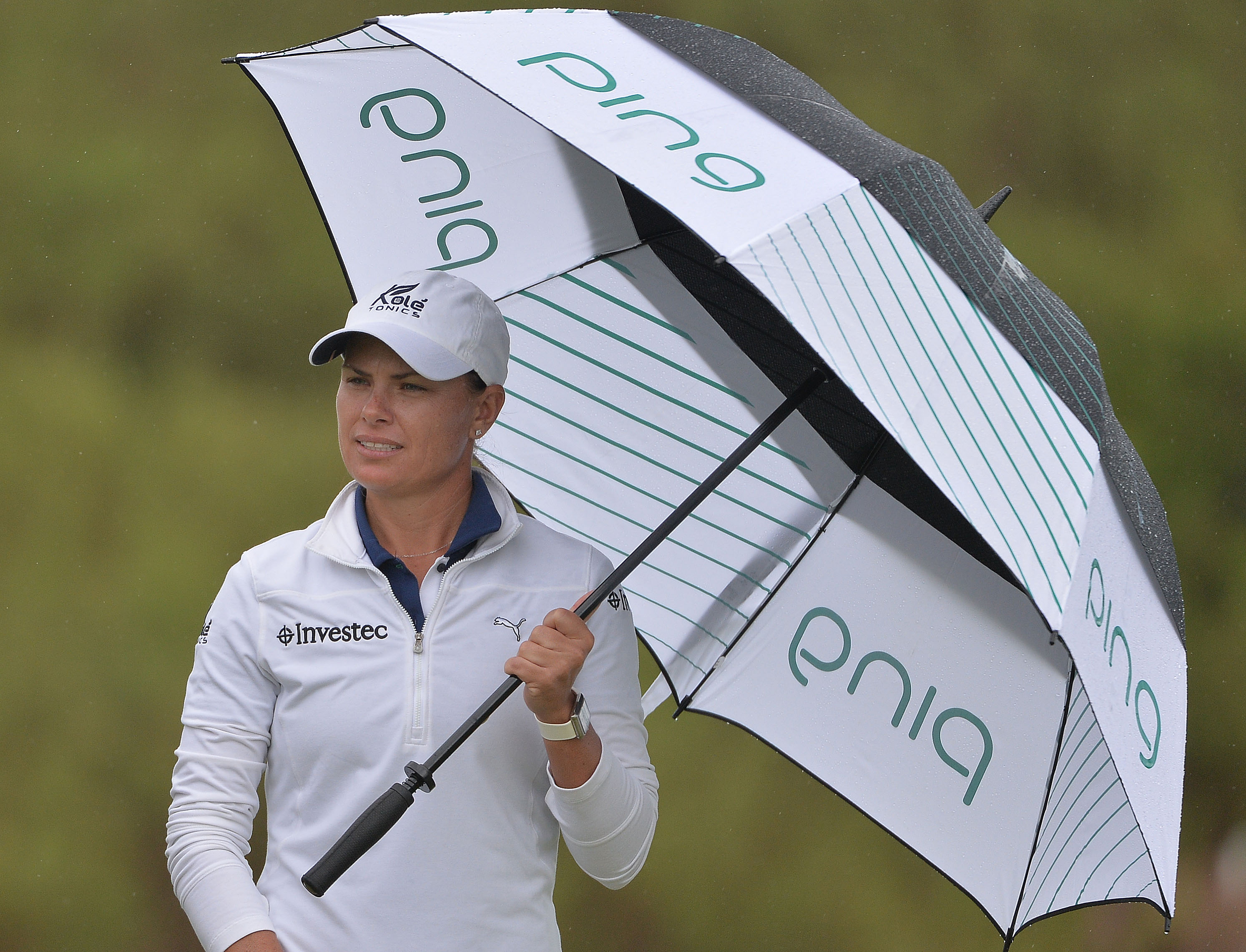 Pace puts three shots between herself and Pro-Am chasers
