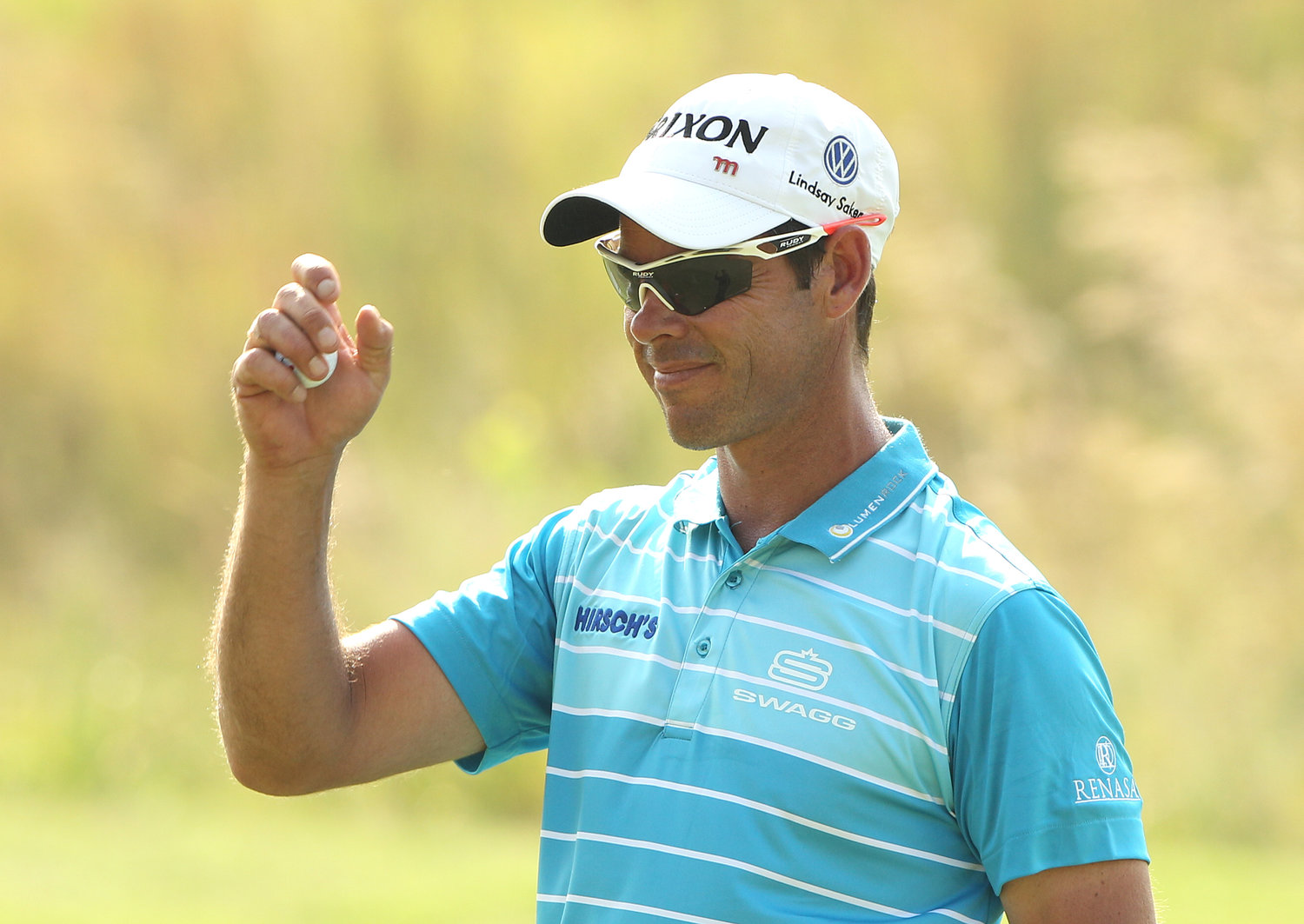 Steady Van Zyl starts final round of the Eye two shots clear