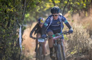 Robyn de Groot at the 2015 South African Mountain Bike Marathon Championships, Van Gaalen Cheese Farm, Magaliesberg, South Africa