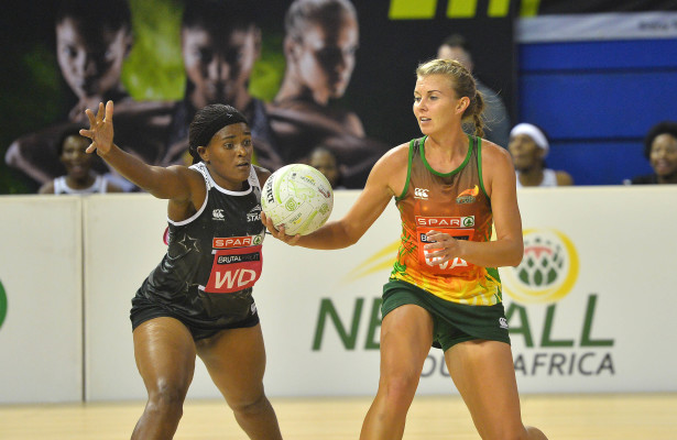 Fezeka Gambushe of the Kingdom Stars (l) tries to block pass from Nadia Uys of the Flames (r) during the 2016 Brutal Fruit Netball Premier League match between KwaZulu Kingdom Stars and North West Flames at the Ellis Park Arena in Johannesburg, South Africa on April 29, 2016 ©Gavin Barker/BackpagePix