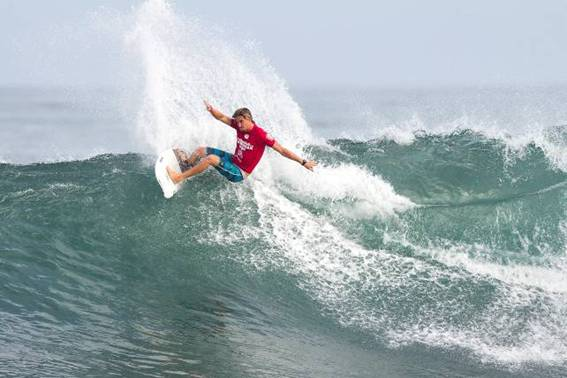 SA aces of the waves in Cape town action