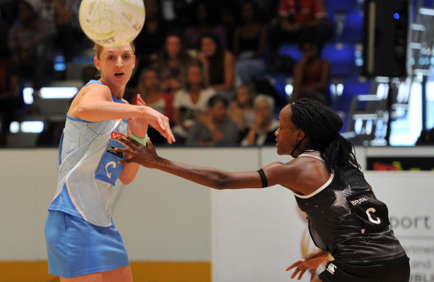 Bongiwe Msomi of the Kingdom Stars challenges Erin Burger of the Southern Stings during the 2016 Brutal Fruit Netball Premier League match between Southern Stings and Kingdom Stars at Olive Convention Centre, Durban in Kwa-Zulu Natal South Africa on 21 May, 2016 ©Muzi Ntombela/BackpagePix