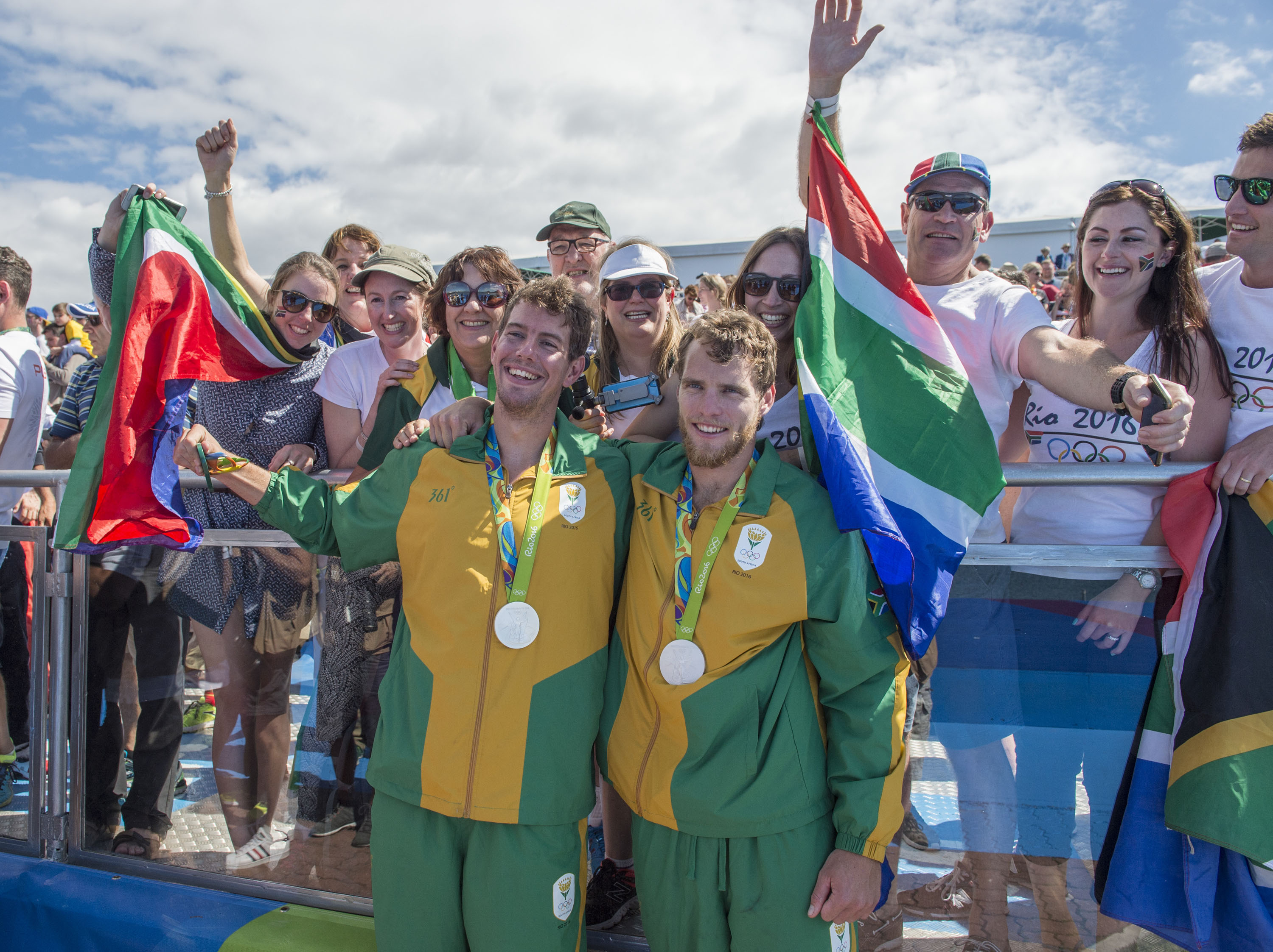 Athens medallist congratulates SA's latest rowing medal-winners