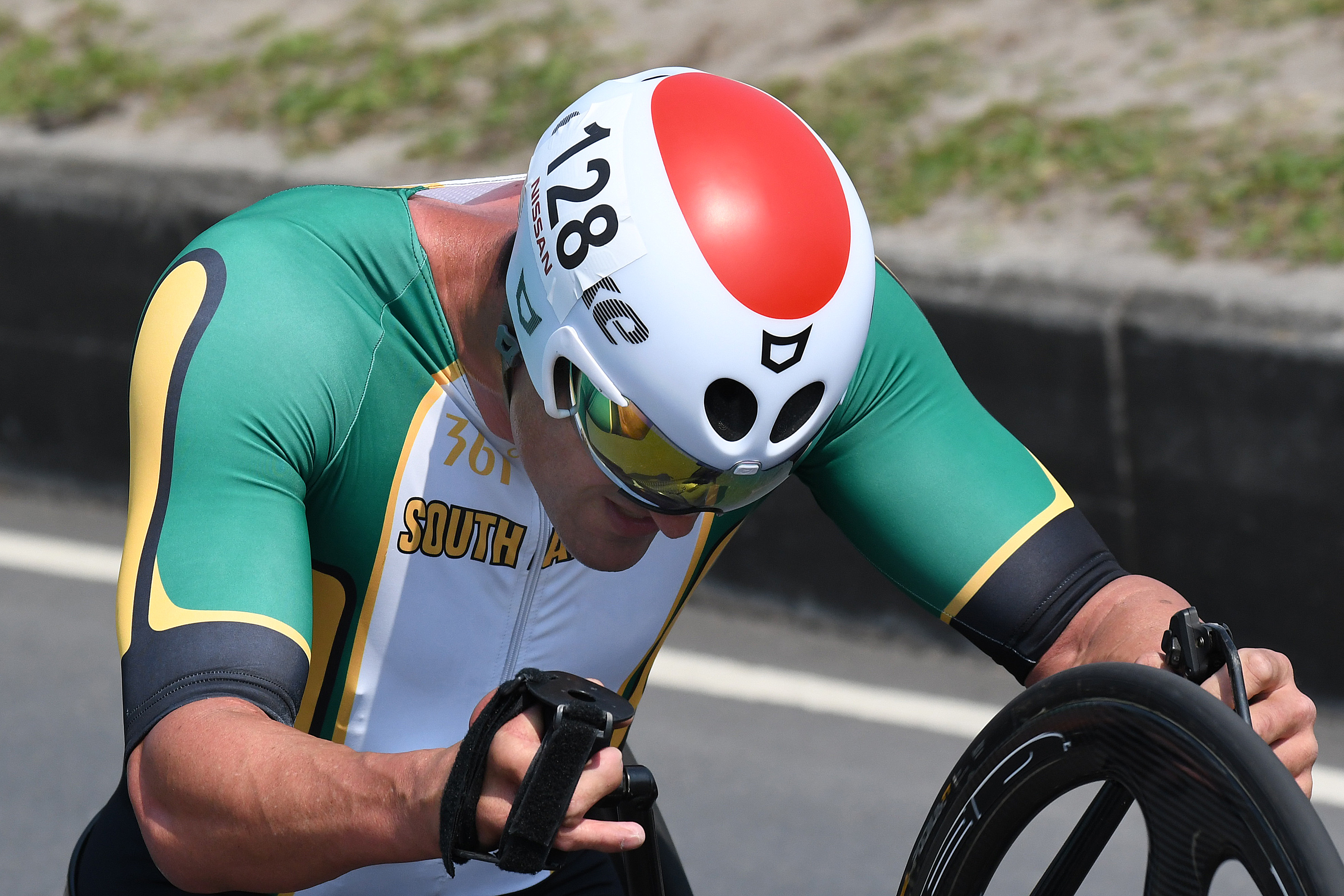 Sithole just misses bronze and cyclists Van Dyk, Asher grab fifth