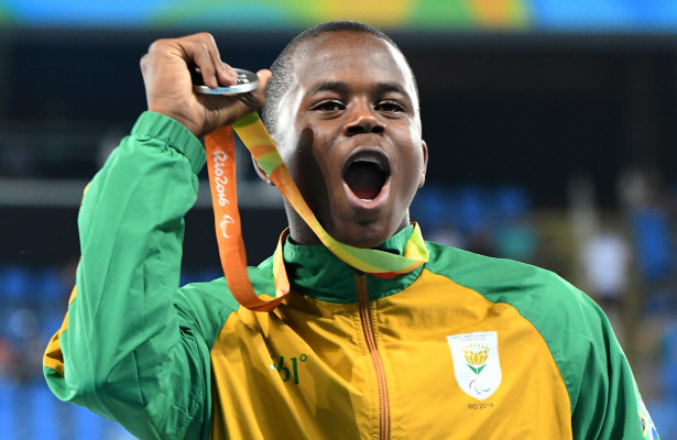 RIO DE JANEIRO, BRAZIL. 11 September 2016.  South Africa's Ntando Mahlangu won a silver medal in the 200m at the Olympic Stadium at the Paralympics  in Rio de Janeiro today.   Copyright picture by WESSEL OOSTHUIZEN / SASPA