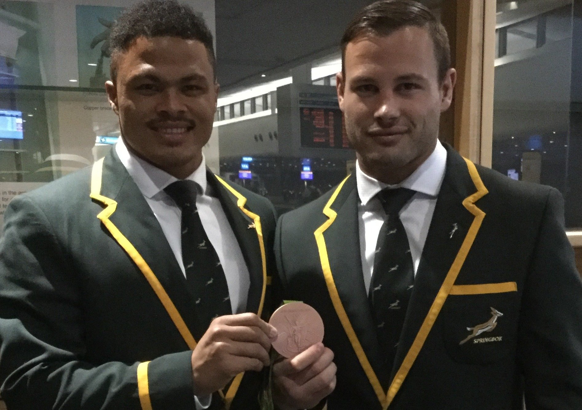 Belated reward for late replacement sevens ace Hougaard