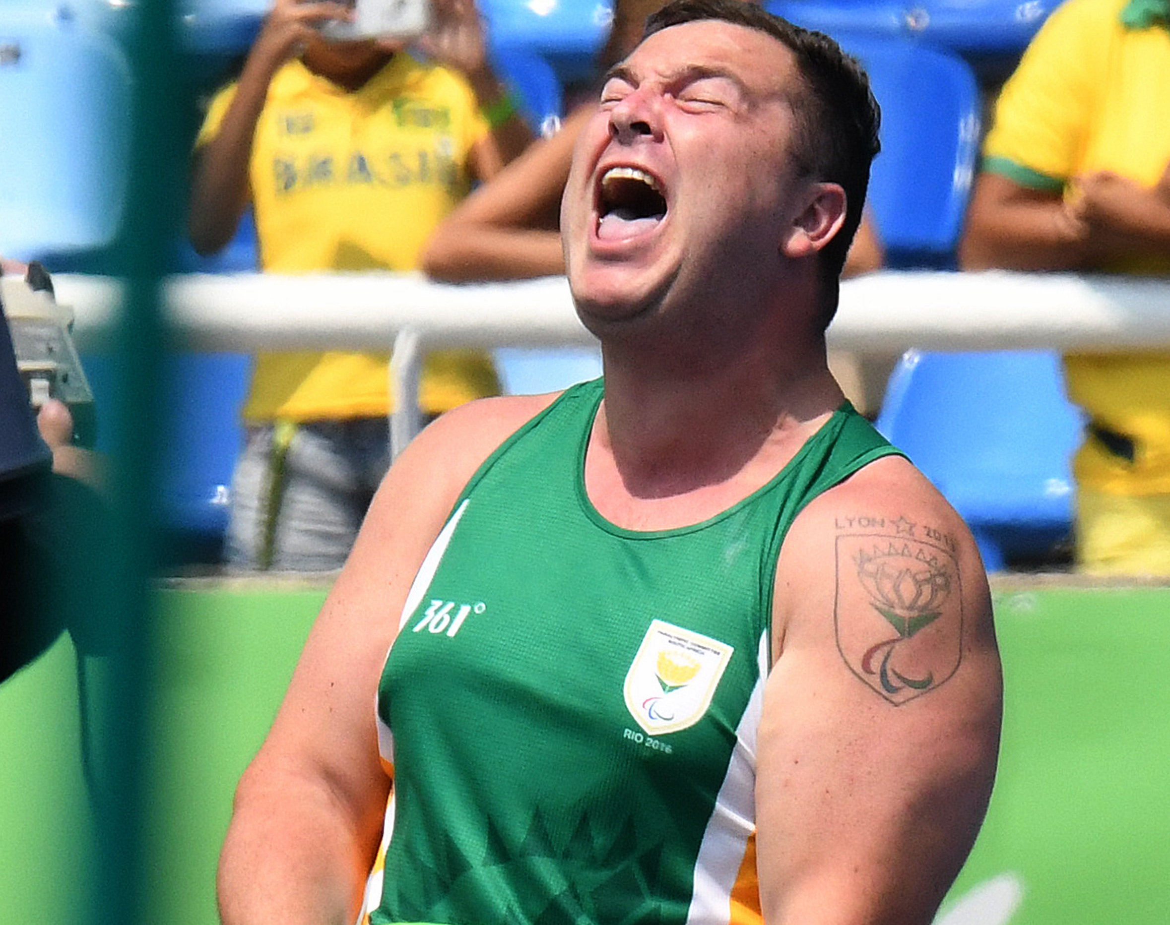Golden boys Ernst and Reinhardt rocket Team SA up the medals table
