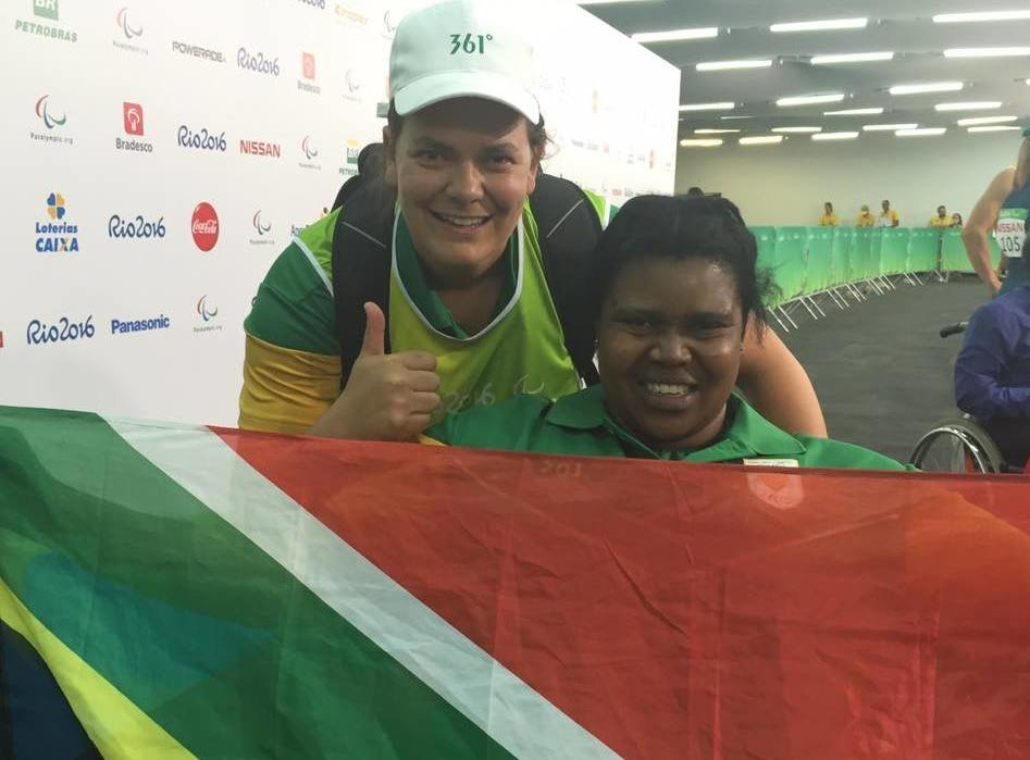 Situ flies the flag for Team SA again as she brings home javelin bronze