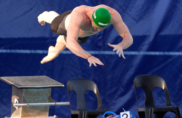 Cameron vd Burgh in the 50m breast final during day 2 of the 12th African Swimming Champs 2016 at Stadium Swimming Pool in Bloemfontein on 17 October 2016. Photo: Gerhard Steenkamp/Superimage Media.