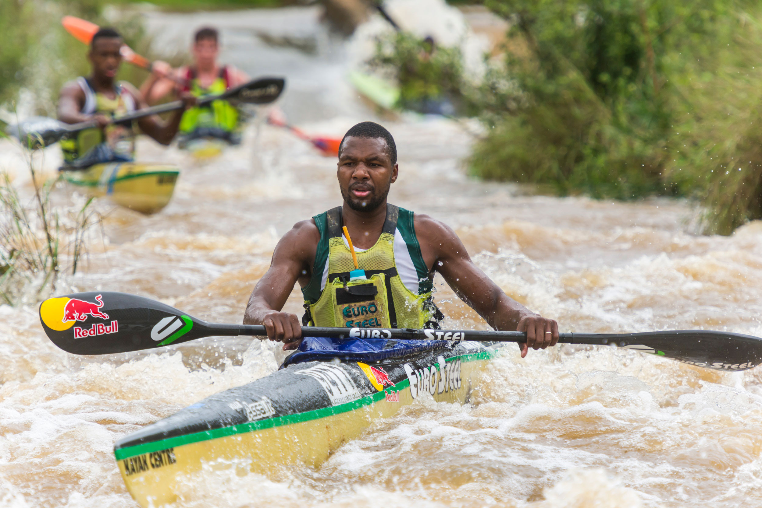 Umpetha wins for Khwela and Olympian Hartley