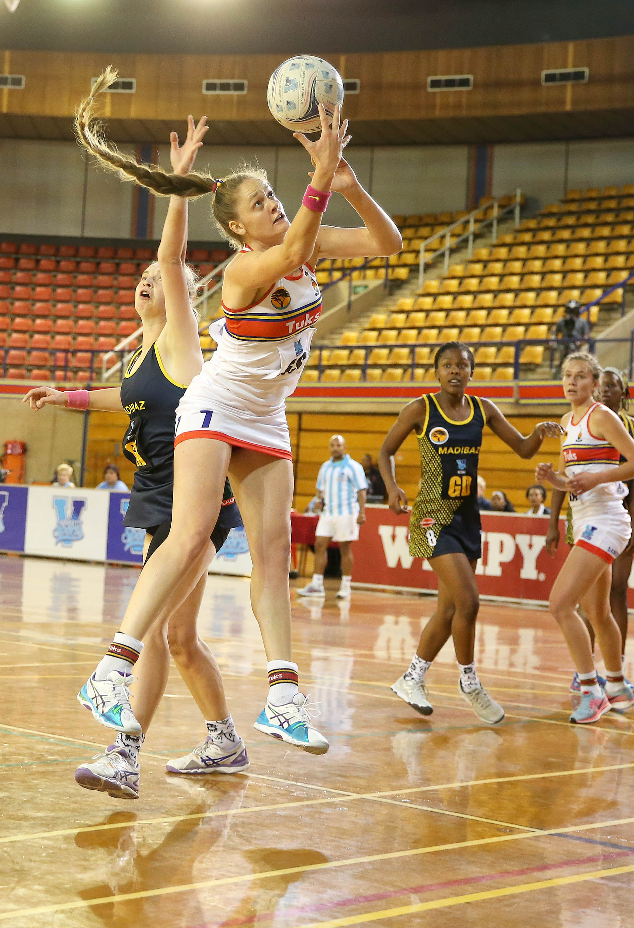 Madibaz battle UP Tuks all the way