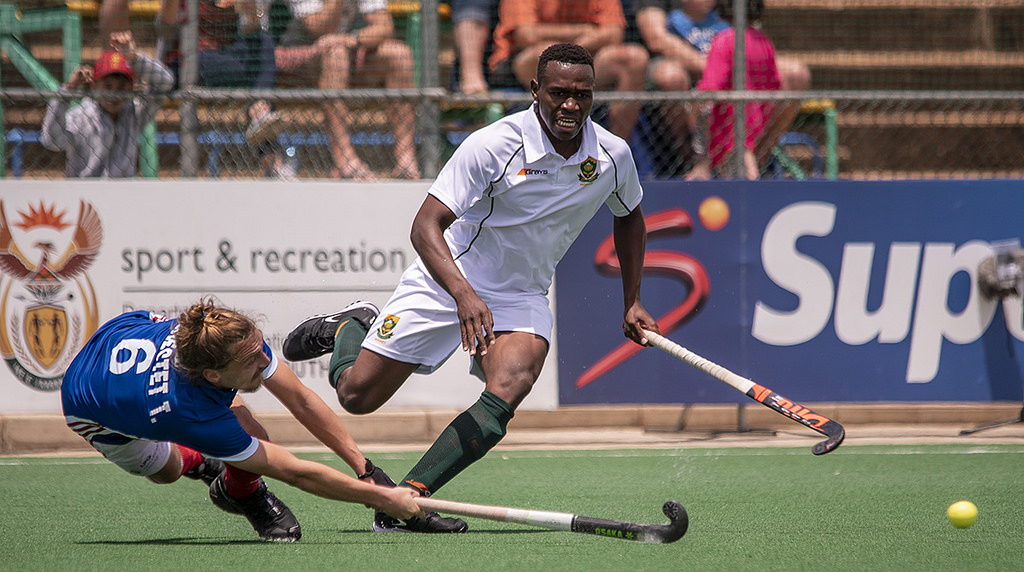 SA Hockey men go down to France