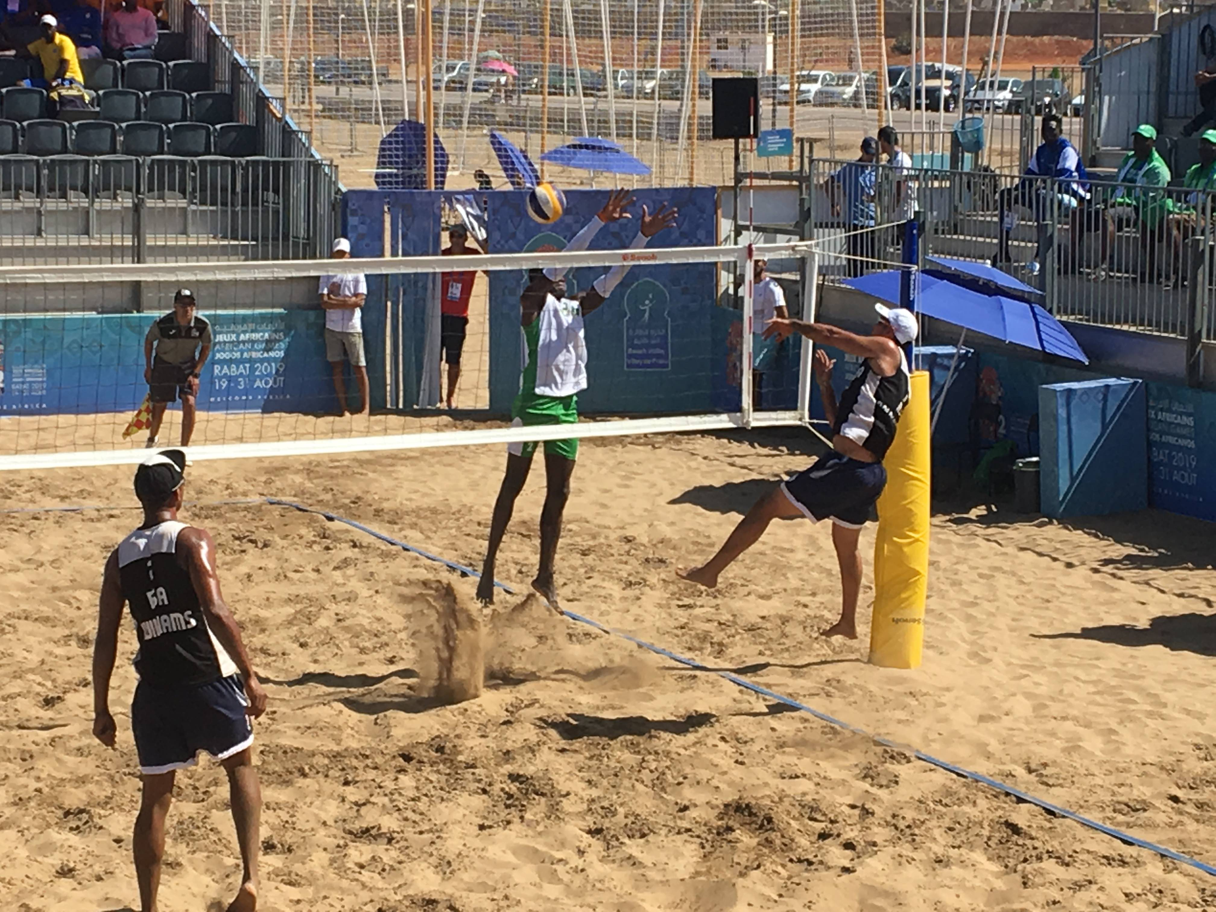 Men's doubles stay unbeaten on the sand