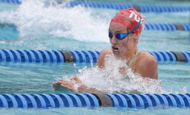 Schoenmaker closes out qualifiers in style