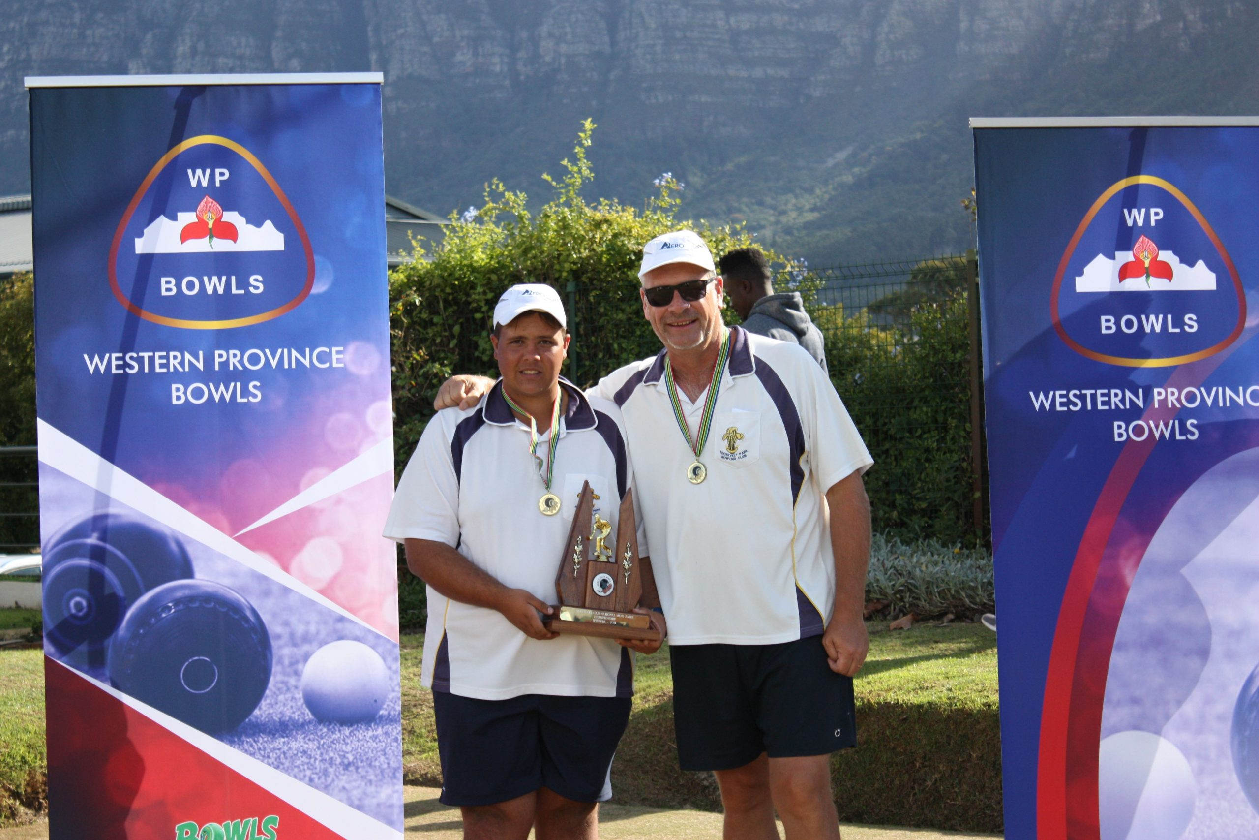 Evans and Cronje pair up for National title