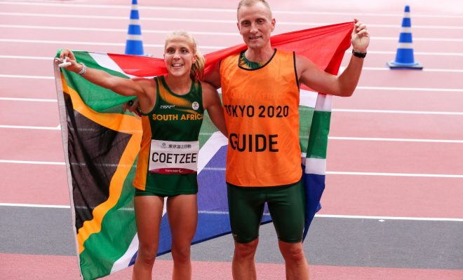 Coetzee to carry SA flag at closing ceremony