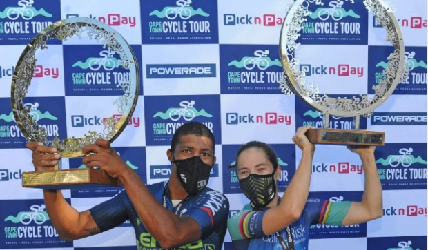 Hoffman races to fourth CT Cycle Tour title